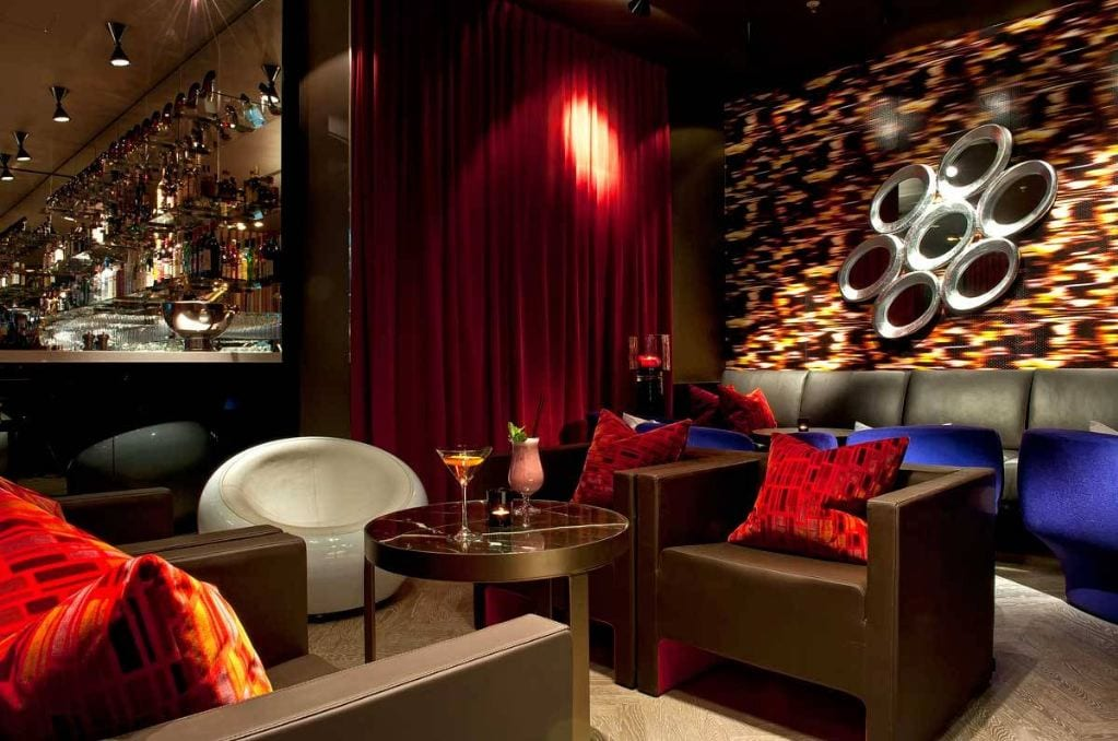 neue bar in berlin mitte alto bar im adina hotel mixology. Black Bedroom Furniture Sets. Home Design Ideas