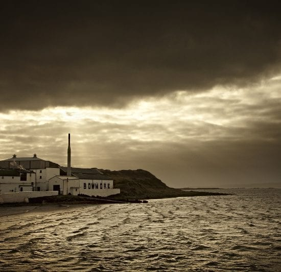 Bowmore-Distillery