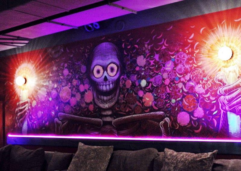 Mendez Bar Murales