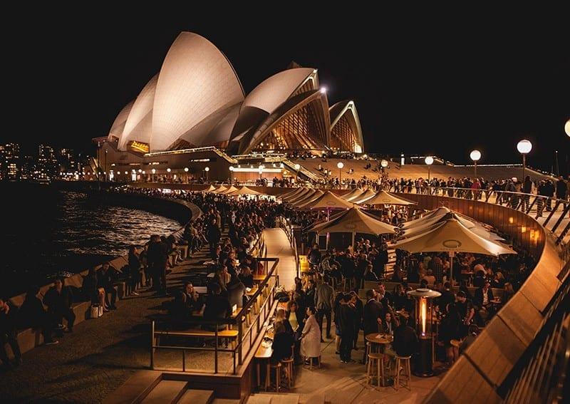 Bars in Sydney Can-hattan