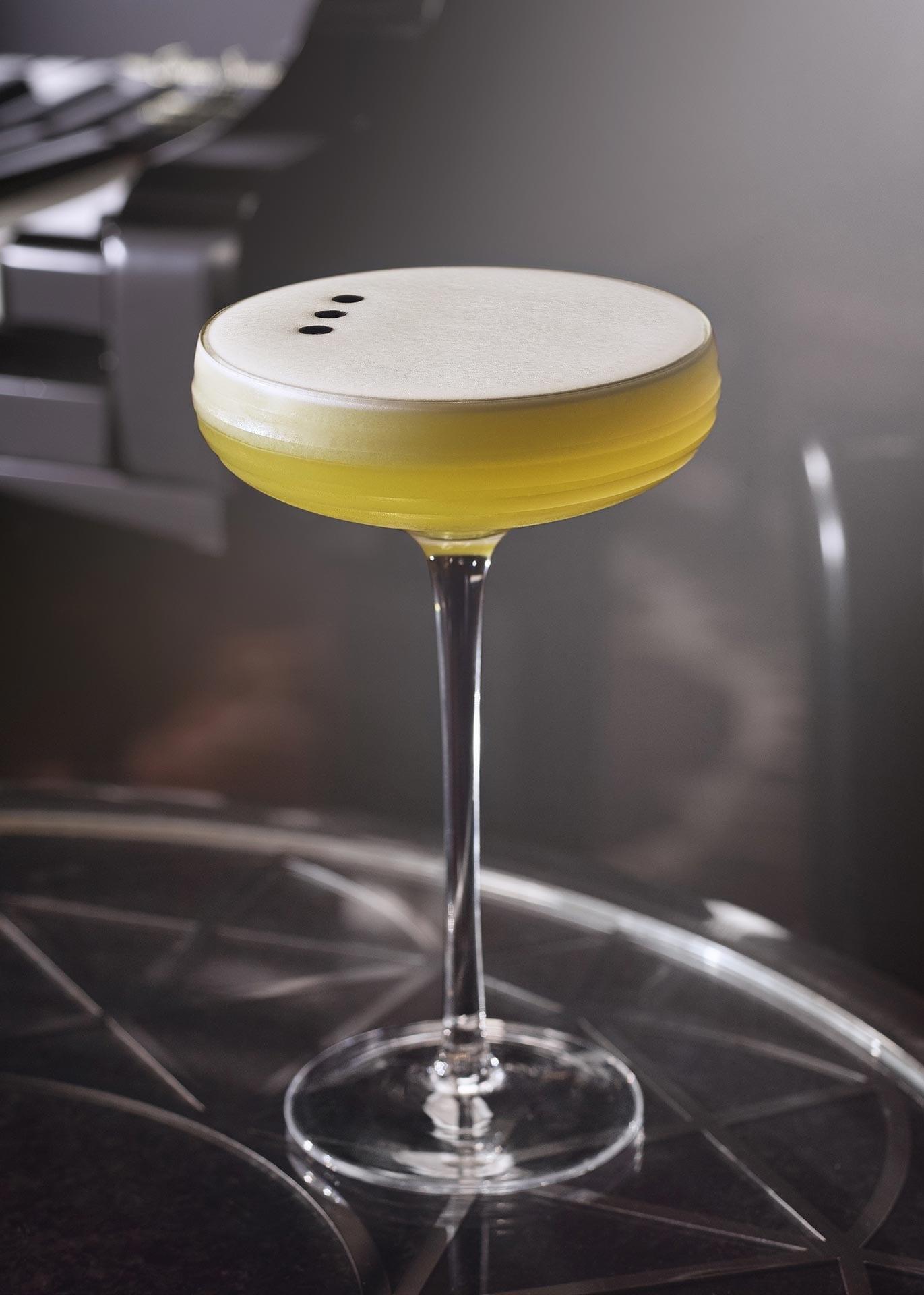 Savoy Bar London Songbook by American Bar   Mixology — Magazin für Barkultur