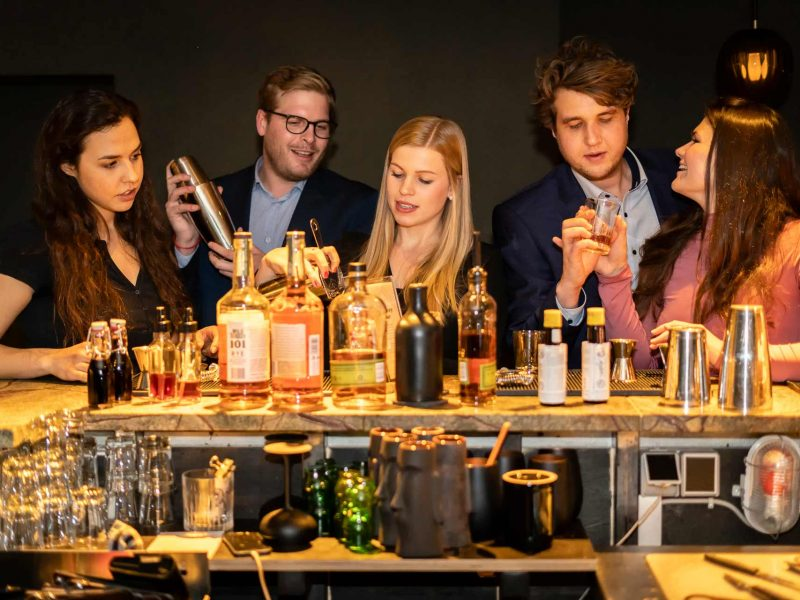 ShakeNight Cocktail Workshop | Mixology — Magazin für Barkultur