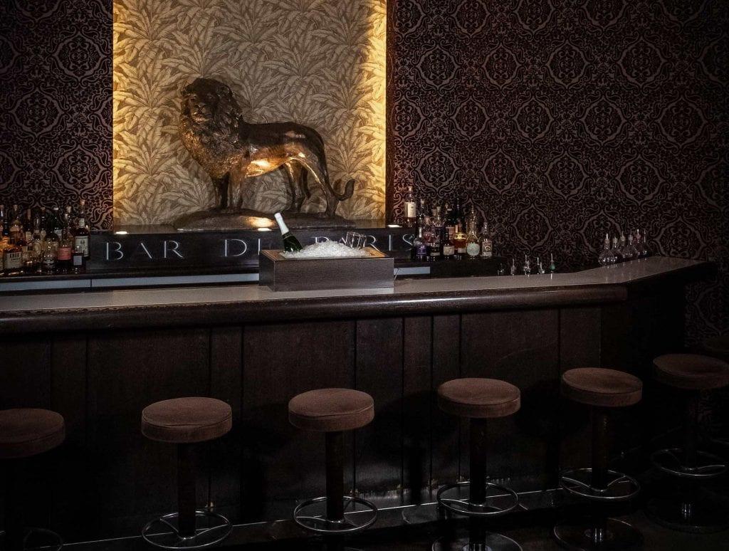 Einen der besten Dry Martinis Deutschland gibt es im Le Lion Hamburg