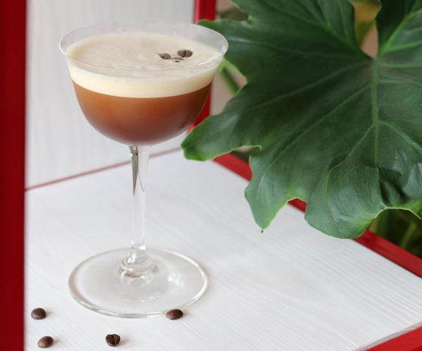 Drei verschiedenen Varianten Espresso Martini