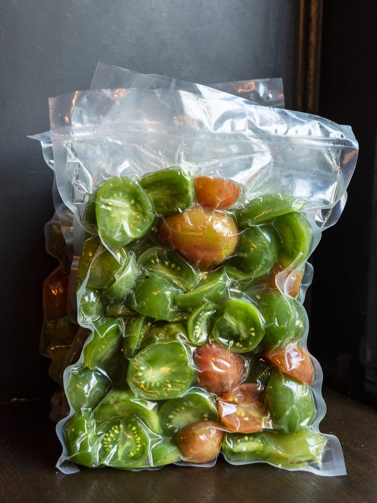 Unreife Tomaten