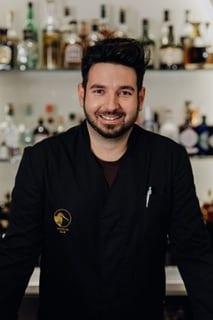 Kostas Karvounis, Betreiber der Dunlin Bar in Innsbruck