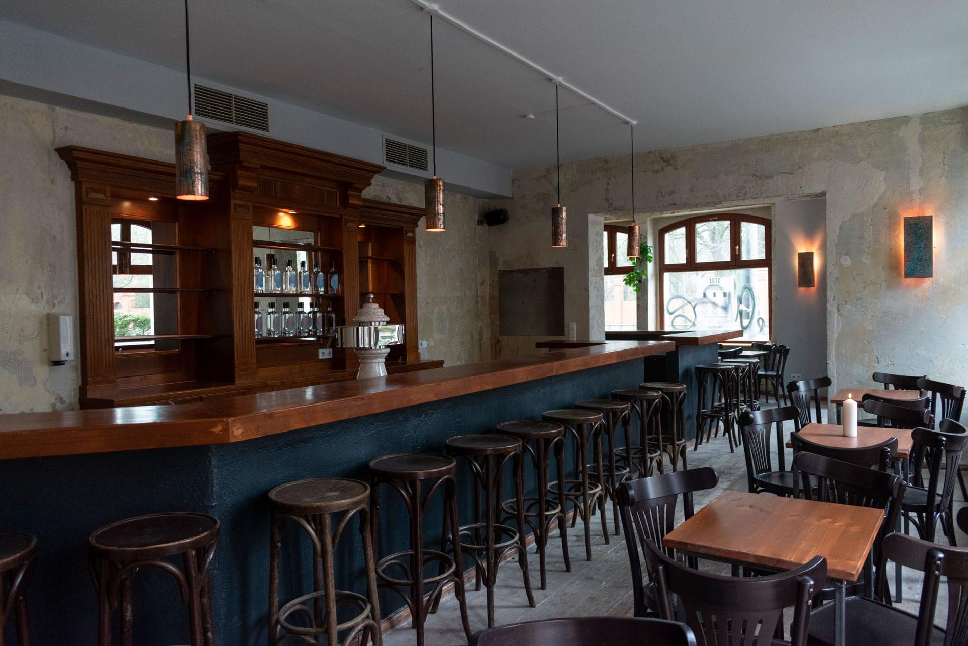 Bademeister Bar Bier Cocktails Fur Berlin Weissensee Mixology Magazin Fur Barkultur